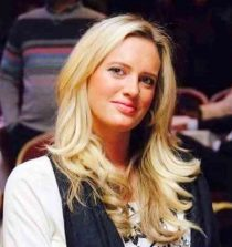 Shaniera Thompson Picture
