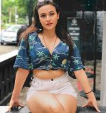 Aahna Sharma Picture