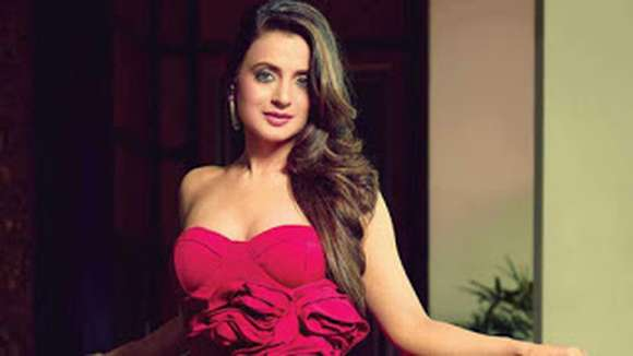 Ameesha Patel Height, Weight, Age, Affairs, Biography