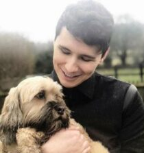 bDaniel James Dan Howell Images