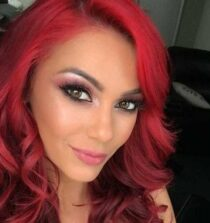 Dianne Buswell. Image