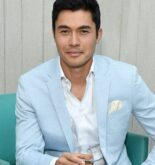 Henry Golding weight