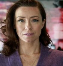 Molly Parker height