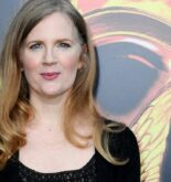 Suzanne Collins height