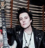 Synyster Gates height